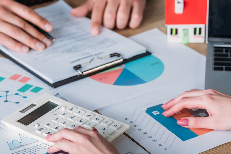 Why Use A Mortgage Broker - Symmetry Financial Management